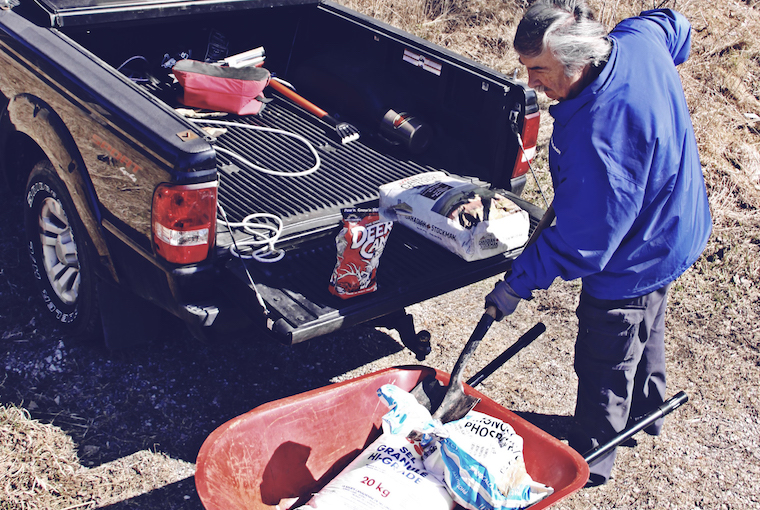 preparing mineral sites